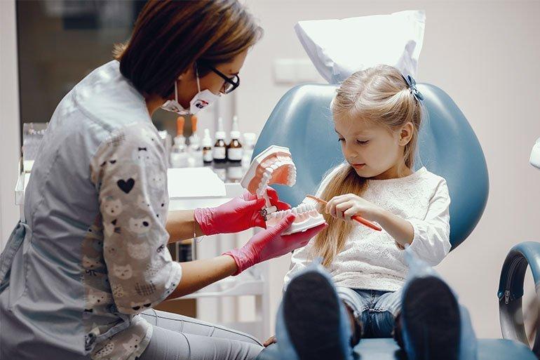 İlkokul Öğrencilerimizin Ağız Ve Diş Sağlığı Neden Önemlidir?